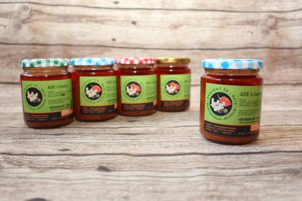Paprika, viele Gewürze und zum Konservieren Sonnenblumenöl, so lecker können natürliche Inhaltsstoffe sein. Das Öl können ist sehr delikat und so können Sie es auch weiterverwenden für weitere Speisen.