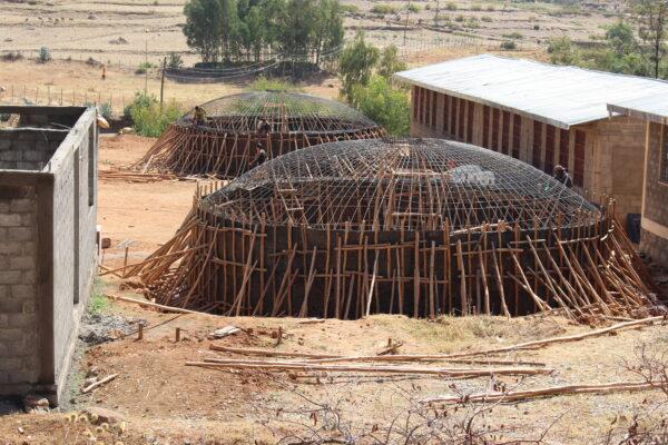 2016/2017 war es Teil einer großen Baustelle für den Bau einer Schulküche von 2 Regenwasserzisternen.