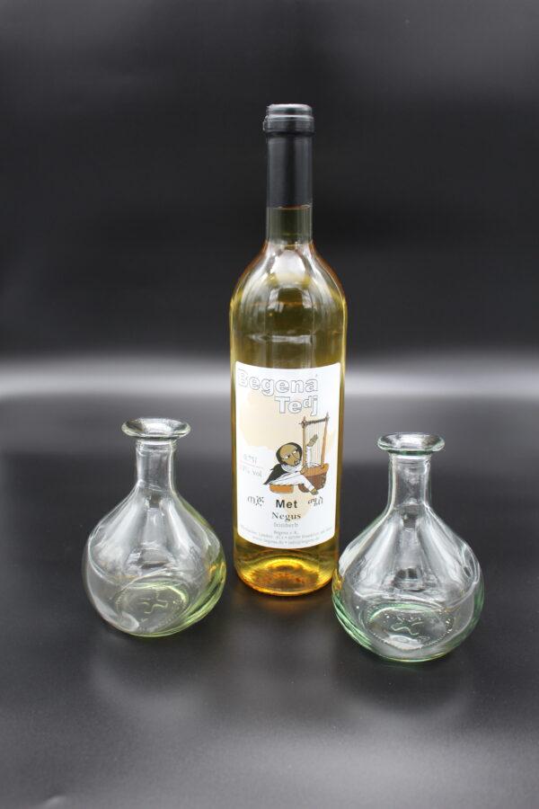 Sie mögen lieber trockene Weine, aber Honig finden Sie auch prima? Dann haben wir mit dem Negus den perfekten Tedj!